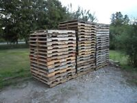 GOOD USED WOODEN PALLETS FOR SALE