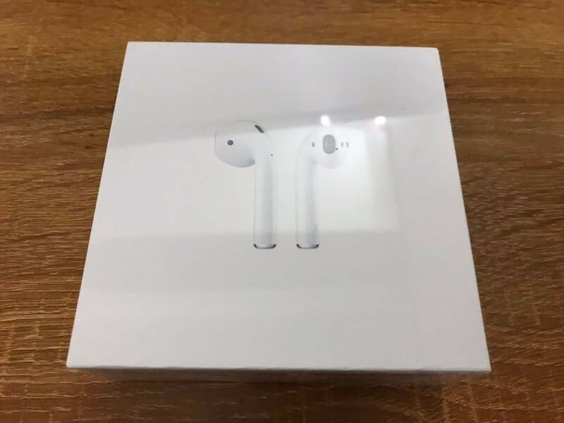 Original Apple AirPods with Charging Case White MMEF2AM/A Fast Free Shipping
