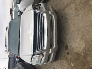 2006 Ford Explorer for parts