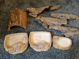 Reptile bowls and hides