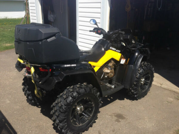 Used 2011 Can-Am 800r XT-P MAX