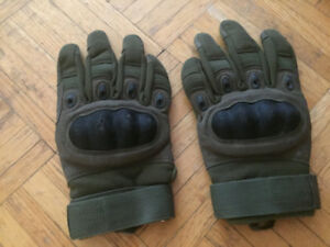 Hard knuckle gloves for airsoft/paintball. used. Reebow Gear