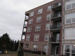 96 Regency Park Dr, Unit 409, Halifax, NS B3S 1S5, Canada