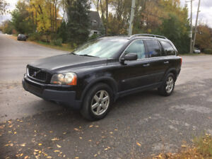 2003 Volvo XC 90 T6  AWD.  7 Places