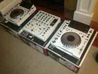 New Limited White Pioneer DJ Set, Pair of CDJ 2000 and DJM900 Nexus