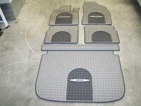 Chevy HHR  Premium All-Weather Floor Mats