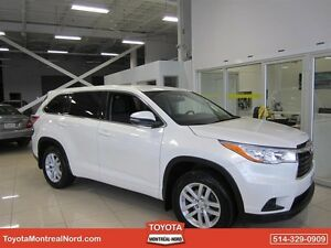 Toyota Highlander LE AWD 8 PASSAGERS 2014