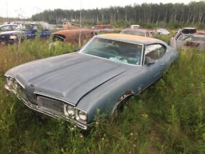 1970 OLDS cutlass S 2 dr Ht for parts or restore