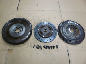 Embrayage - Clutch LUK single mass Volkswagen MK3 TDI AHU 98 99