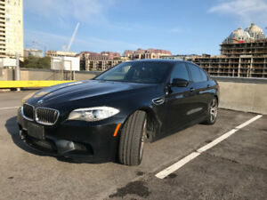 Mint condition 2012 BMW M5 with BMW Extended Warranty! Low kms!!