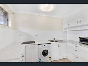 Fully furnished 1 bedroom unit in central coffs - walk to shops Coffs Harbour Coffs Harbour City Preview