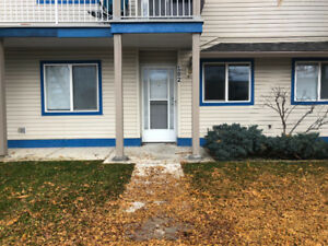 Salmon Arm- Townhouse for rent