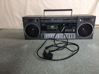 Saisho cassette radio player with detachable speakers