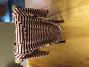 Maternity clothes tops size small