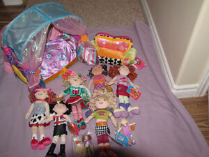 FOR SALE A LOT OF GROOVY GIRLS DOLLS AND OTHER ITEMS, SOME NEW