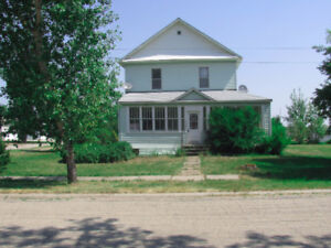 Family Home for Sale or Rent in Rouleau