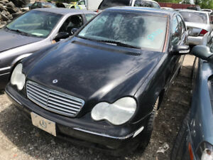 2003 Mercedes Benz C240  ** FOR PARTS ** INSIDE & OUTSIDE **