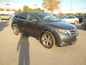 2014 Toyota Venza Limited V6 AWD Peterborough Peterborough Area image 8