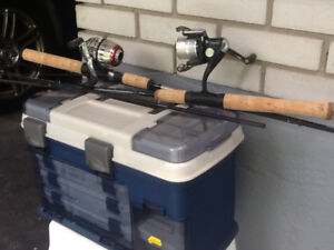 NEW COMPLETE FISHING PACKAGE RODS REELS AND FISHING BOX