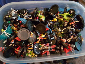 Tons of heroclix over a 100