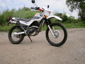 Yamaha XT 225 cc LIke new condition Stored for most of its Years