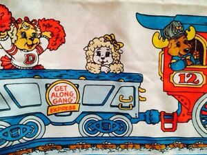 1984 get along gang bedsheets.