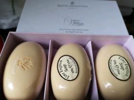 3 x soap set in box, Royal Doulton.