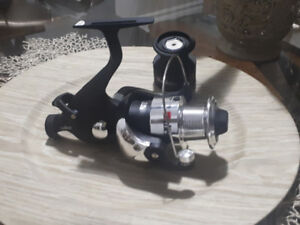 Diem carp fishing reel with extra spool