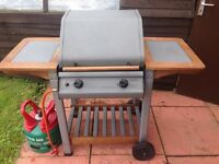 Newbury 2 burner gas BBQ