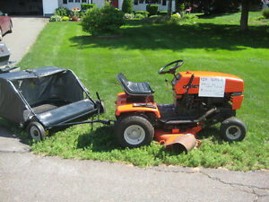 Quality machine Ariens ride-on mower for sale with grass catcher