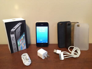 Apple iPhone 4 Black 16GB Fido
