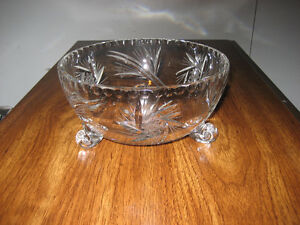 Pinwheel Crystal Fruit Bowl