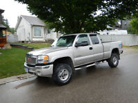 2005 GMC Sierra 2500 Chrome Pickup Truck