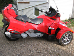 2012 Can Am Spyder RTS