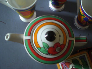 Tea Pot --Clarice Cliff inspired teapot, cups, coasters Stratford Kitchener Area image 6