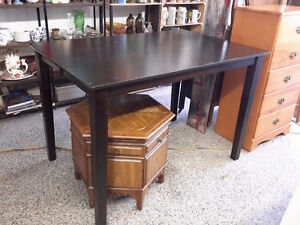 BAR HEIGHT WITH LEAFS SUPERB CONDITION  $ 135.00