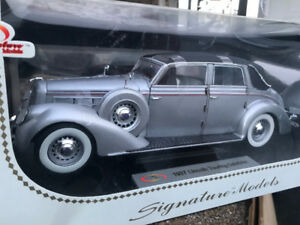 Lincoln Touring 1937 diecast 1/18 die cast neuf