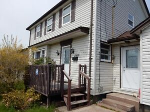 ROOM FOR RENT NEAR AKERLEY COLLEGE DARTMOUTH