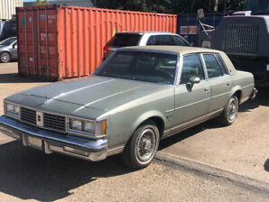 1987 Cutlass Supreme 66,000km Very clean car Never smoked in