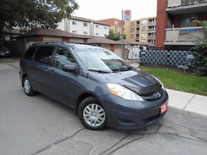2007 TOYOTA SIENNA CE , LOADED , CLEAN VAN , WELL KEPT !!!