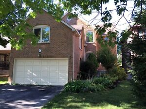 Amazing 3 Bed Family Home in beautiful Wellington Aurora.