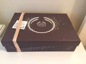 Body Shop Gift Set - Brand New In the Packaging