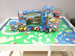 Thomas the Tank Engine Table, Tracks and Accessories Cambridge Kitchener Area image 2