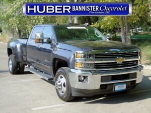 2016 Chevrolet Silverado 3500HD 4X4/Diesel/Heated Leather/