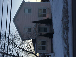 Large home for rent 5min walk to Moncton Hospitsl