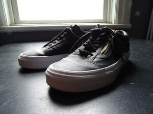 VANS for sale - black leather zip