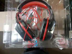 LOGITECH G230 GAMING HEADSET W/MIC