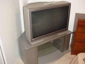 """Toshiba 34HF84 TheaterWide HD - 34"""" CRT TV With Cabinet"""