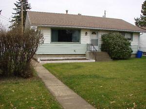 Fort Saskatchewan bungalow for rent