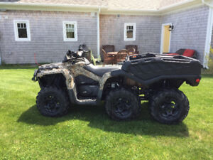 Can-Am Outlander ATV 6x6 2016